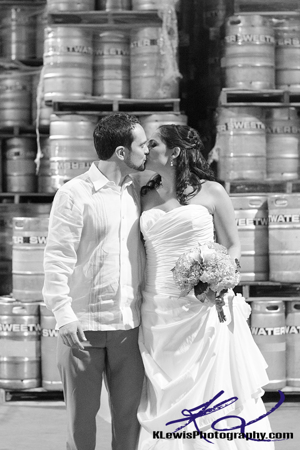 sweetwater brewery atlanta wedding photos by pensacola fl wedding photographer