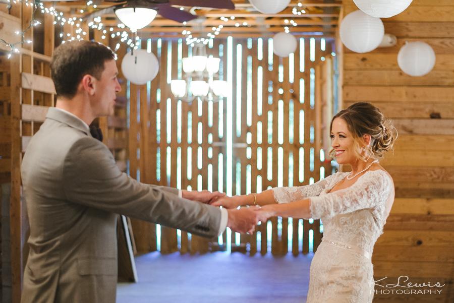 asheville barn wedding photos