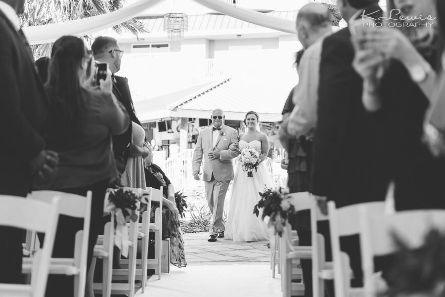 pensacola hilton beachfront wedding photographers