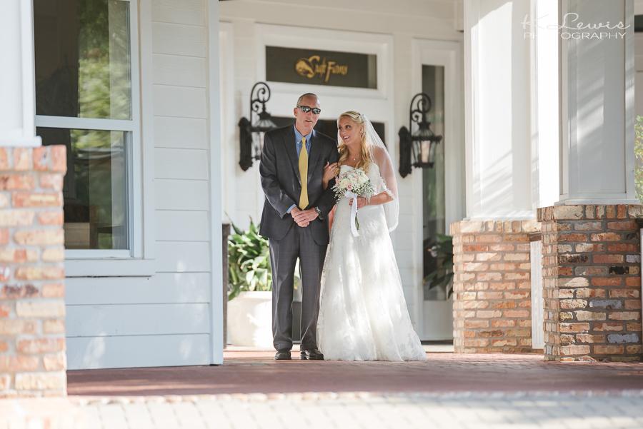wedding photographer at craft farms orange beach