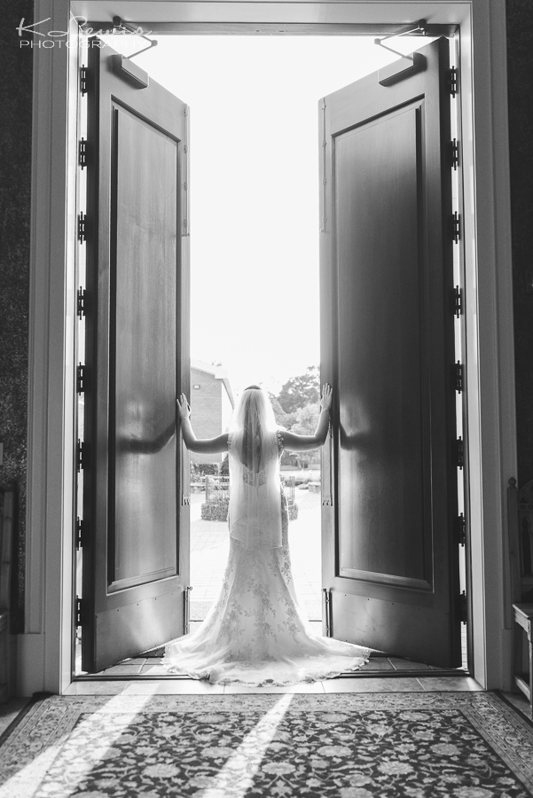 wedding photographer pensacola st pauls catholic church