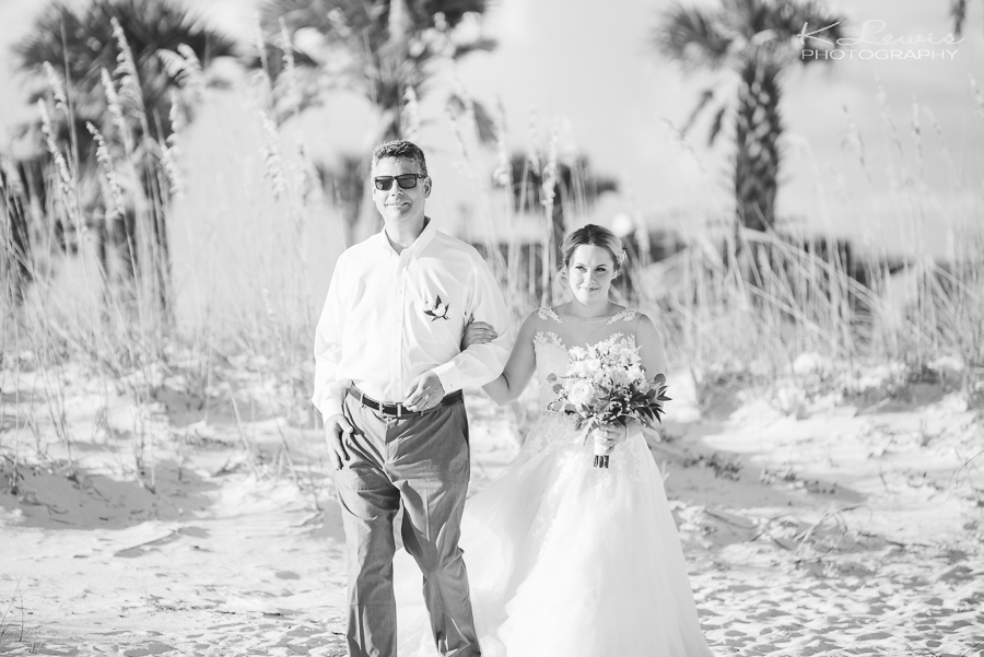 wedding photographer pensacola beach margaritaville