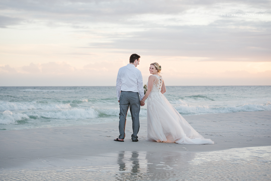 wedding photographer in pensacola beach