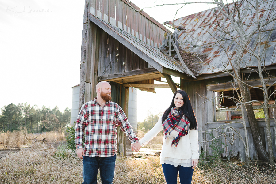 pensacola barn engagement photos