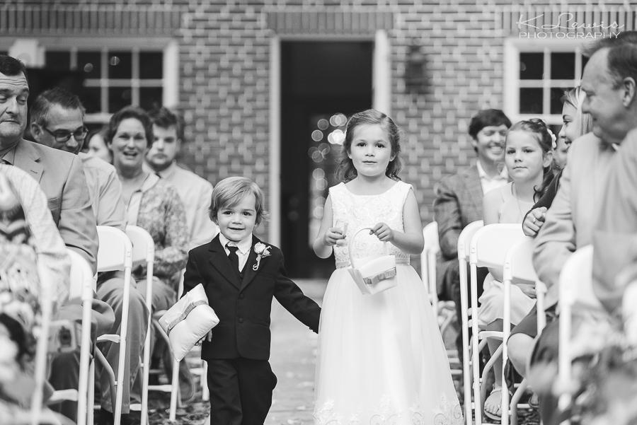 wedding ceremony photographer at historic malbis nursery