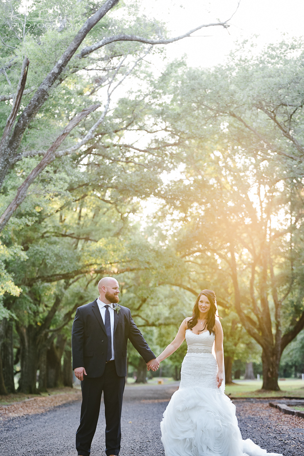 ates ranch wedding barn wedding photographer