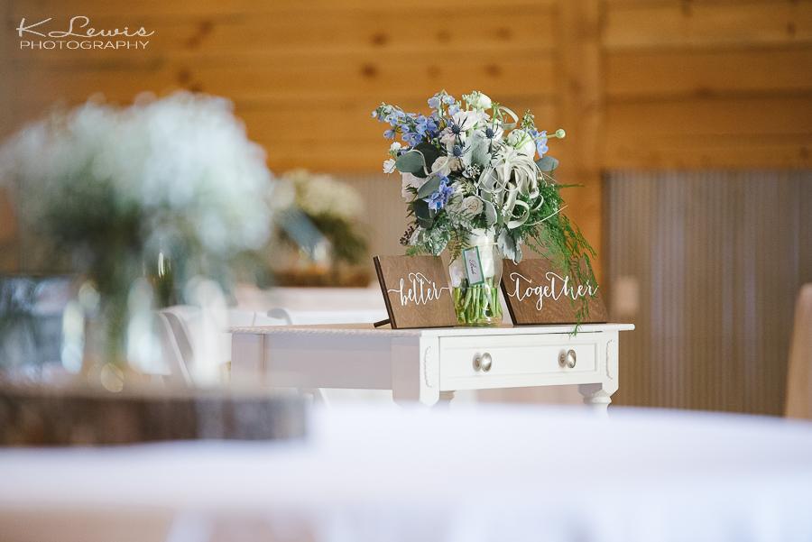 wedding photos ates ranch wedding barn
