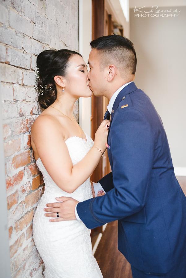 pensacola wedding photographer at 5eleven pensacola