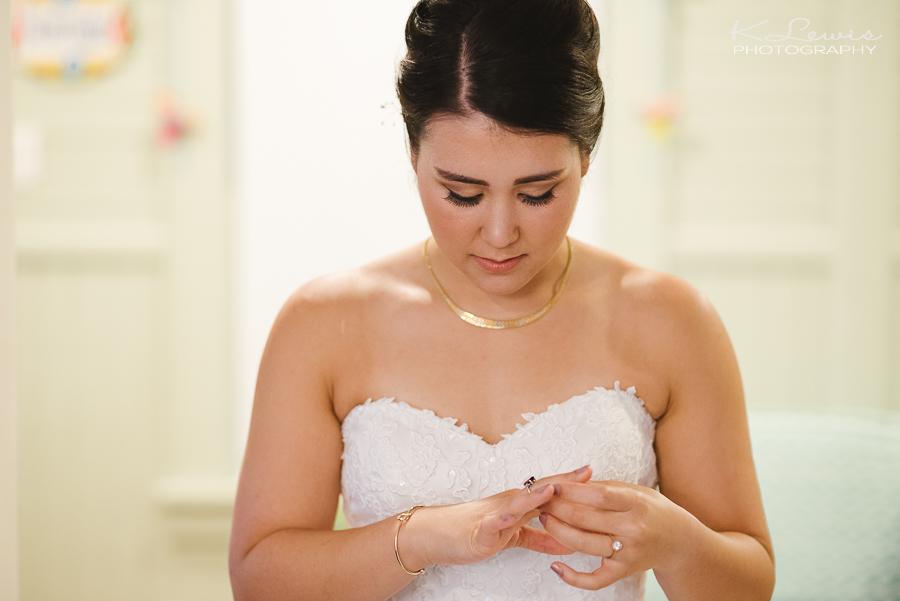 wedding photographer at 5eleven palafox pensacola