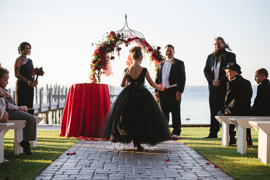 pensacola wedding photographer at destin bay house wedding ceremony