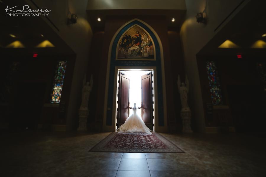 wedding ceremony photos at pensacola st paul catholic church
