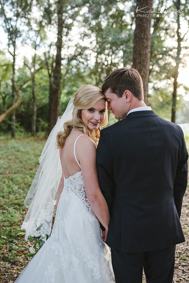 wedding photos at live oak plantation pensacola