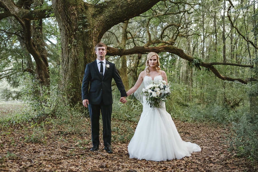 ceremony wedding photographer pensacola live oak plantation