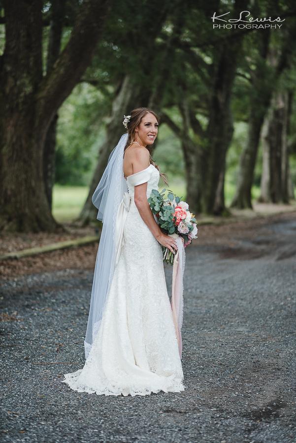 pensacola wedding photographer at ates ranch wedding barn