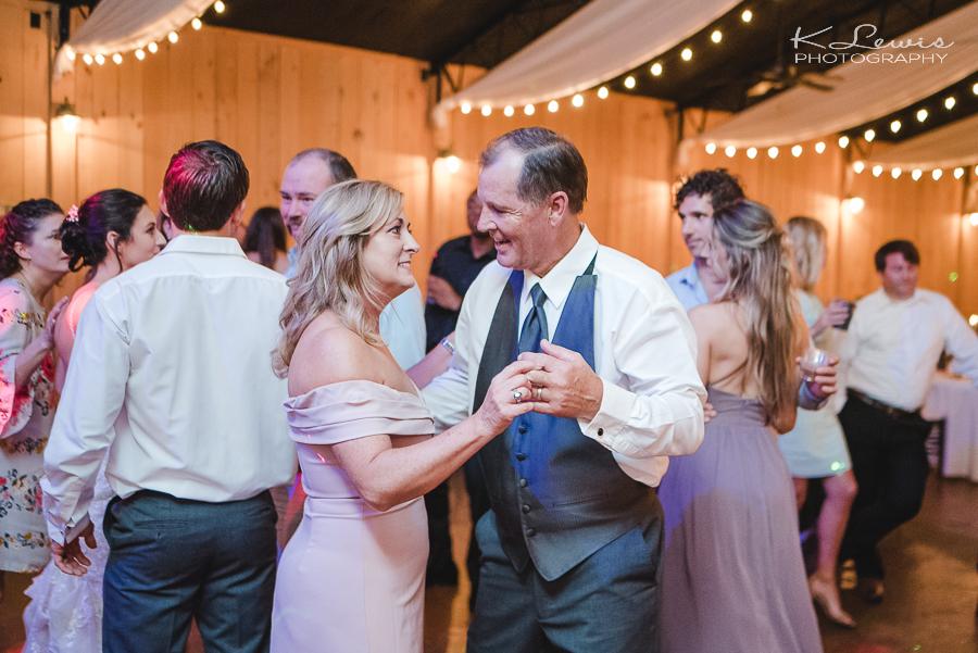 pensacola wedding photographer at sowell farms milton