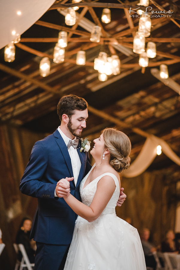 laurel hill wedding photographers barn at water oaks
