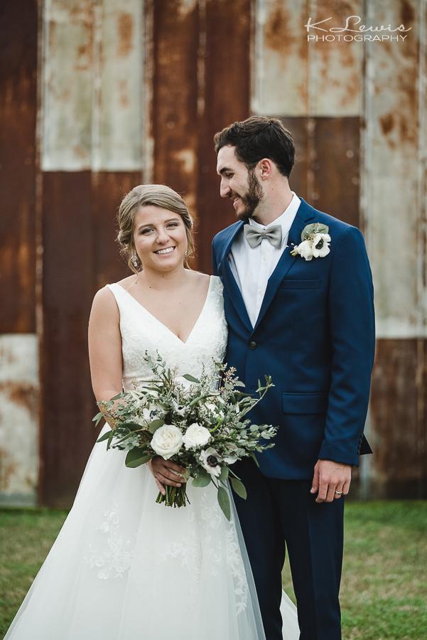 wedding photos at the barn at water oaks