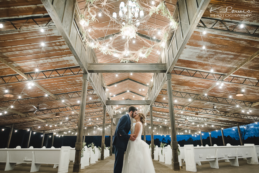 the barn at water oaks laurel hill wedding photography