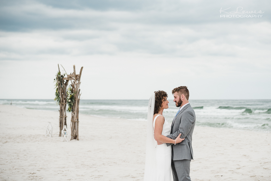beach wedding photographers gulf shores