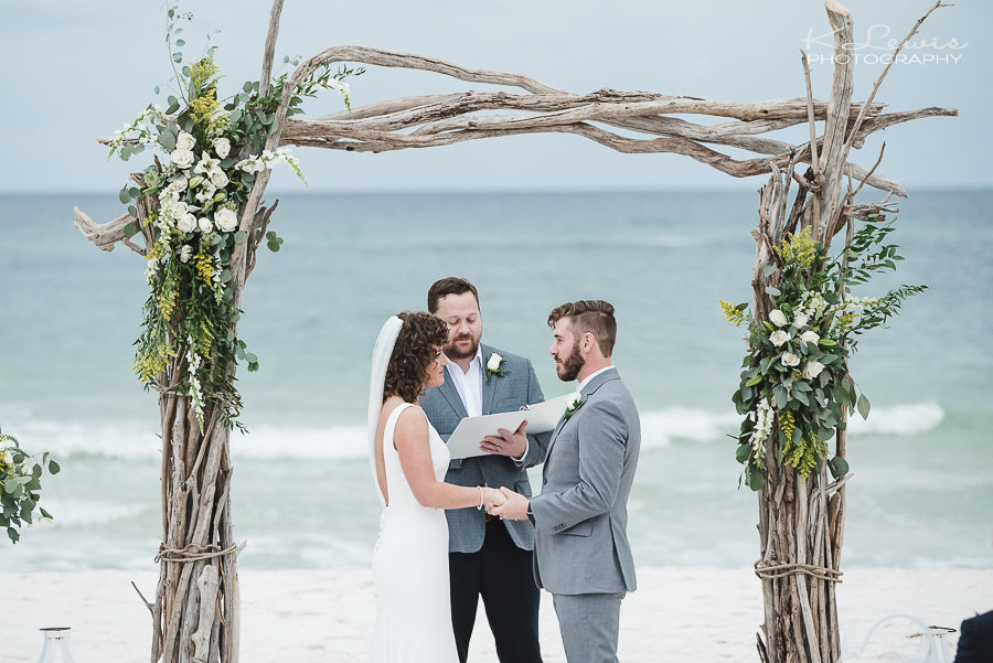 beach wedding photographer in gulf shores alabama