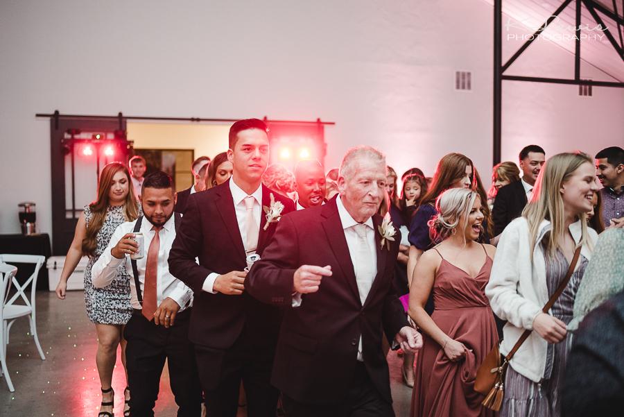wedding photos at davis grey farms