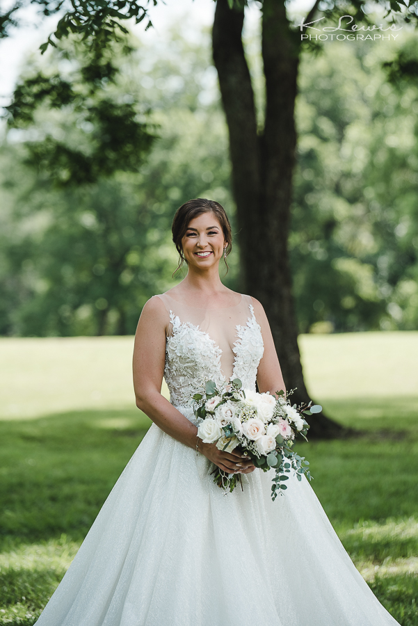 laurel hill wedding photos barn at water oaks