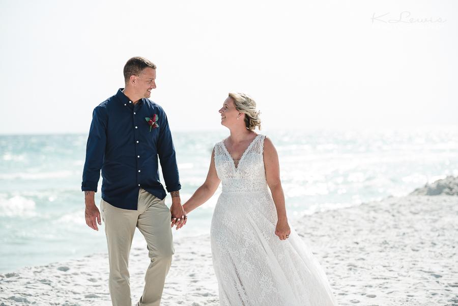 wedding photos at pensacola beach florida